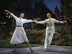 Google Image Result for http://upload.wikimedia.org/wikipedia/en/thumb/0/06/Dancing_in_the_dark,_from_bandwagon.jpg/300px-Dancing_in_the_dark,_from_bandwagon.jpg