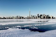 A cold Toronto as seen from the Island
