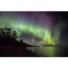 Last night @kat_pdx captured this impressive shot of the aurora borealis at Brighton Beach in Duluth Minnesota. Follow her and @outdoorproject for more inspiring outdoor shots like this! #auroraborealis #duluth #outdoorproject #minnesota