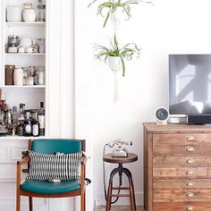 Check this out: Touches of Color Help this San Francisco Home Sing. https://re.dwnld.me/9lGzV-touches-of-color-help-this-san-francisco-home-sing
