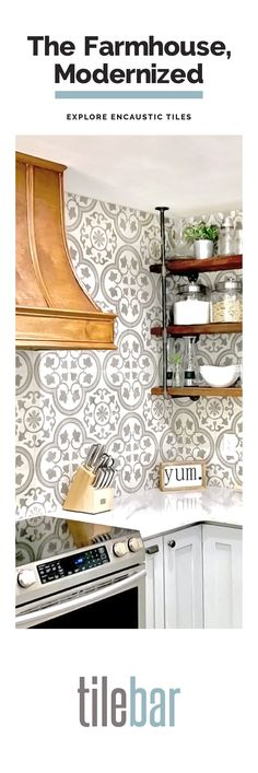 Home Interior Bathroom A touch of personality with timeless accents.Home Interior Bathroom A touch of personality with timeless accents. Kitchen Redo, Home Decor Kitchen, Kitchen Backsplash, Kitchen And Bath, Home Kitchens, Kitchen Dining, Kitchen Cabinets, Kitchen Ideas, Kitchen Makeovers