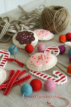 a cookie garland in progress by nanaCompany, via Flickr