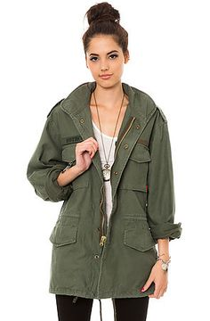 Rothco The Olive Drab Vintage M-65 Field Jacket