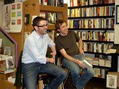 """Un momento de la presentación de """"La revolución divertida"""" (Ed. Debate), de  Ramón González Férriz. Presentó el libro Daniel Gascón."""