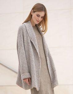 Revista mujer Concept 1 Otoño / Invierno | 1: Mujer Abrigo | Gris claro / Beige