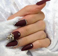 #pressonnails #rhinestone #3dnailart #mattenails #customnails #glueonnails #pressonnails #pressons #nails #customnails #nailpolish #naildesign #instanails #nailart #nailshapes #coffinnails #nailstagram #stilettonails #nailsofinstagram #nailsoftheday #nails2inspire #makeup #mua #makeupartist #fashion #beauty #nailmail #nailporn #nailswag