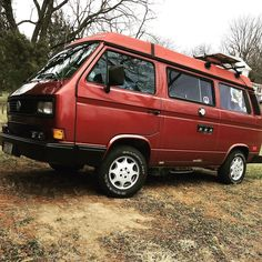 Christmas vacation parking spot... #vanagon #vanagon #awesomelyweird #dadventure #momandadventure
