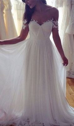 #weddinggown   #weddingdresses   #chiffonweddingdress  #whitebridaldress  #whiteweddingdresses #whitelessWeddingGowns #VintageWeddingGowns  #WhiteWeddingGowns #openwhiteBridesDress #2016WeddingGowns