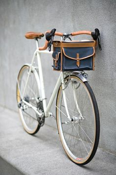 Awesome bicycle and leather bag