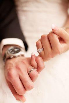 & very happy to see u! Romantic Wedding Photos, Wedding Poses, Wedding Photoshoot, Wedding Pictures, Wedding Ideas, Indian Engagement Photos, Engagement Pictures, Engagement Ring Photography, Wedding Photography
