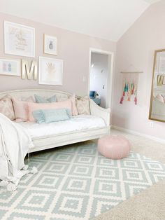 I'm sharing how to style a daybed and create the perfect spot for tweens and teens to hangout, lounge, and sleep. I'm sharing how to style a daybed and create the perfect spot for tweens and teens to hangout, lounge, and sleep. Girls Room Paint, Girl Bedroom Walls, Big Girl Bedrooms, Bedroom Wall Colors, Room Ideas Bedroom, Girl Bedroom Designs, Girls Daybed Room, Kids Daybed, Light Pink Bedrooms