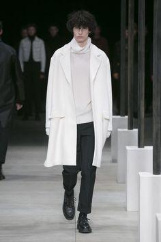 Sandro Menswear Fall Winter 2016 Paris