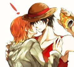 | Luffy jouait avec son chapeau quand Nami arrivas et lui fit un bisou ...