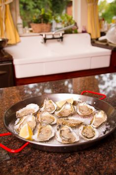 Yummmm....now if they will send a shucker with em, we will be set!!! Sewansecott #Oysters delivered overnight from H.M. Terry Co. and BourbonandBoots.com