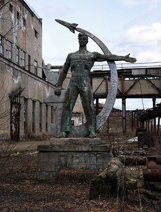 Rudnichny, Kirov Oblast, Russia   Found on abandonedography.com