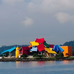 Frank+Gehry's+Biomuseo+in+Panama++prepares+to+open