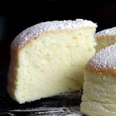Jiggly Fluffy Japanese Cheesecake