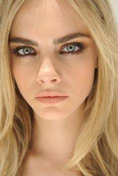 bold brow + matte lip.
