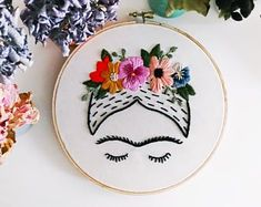 Artículos similares a Frida Kahlo Embroidery Art 6 hoop en Etsy Large Embroidery Hoop, Learn Embroidery, Hand Embroidery Stitches, Hand Embroidery Designs, Embroidery Art, Cross Stitch Embroidery, Needlepoint Stitches, Needlework, Creations