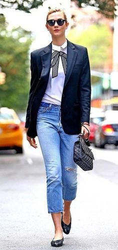 35a1ad9c84  karliekloss out and about in  NYC spotted in  stellamccartney shirt and   Valentino