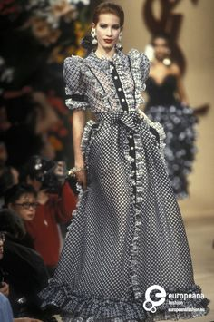 Yves Saint Laurent S/S 1992 Couture.