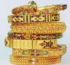 am really not into bangles, but these very yellow Indian-looking ones are irresistable! #bangles # bracelets