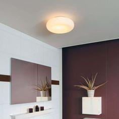 Se gjennom damp selv etter en varm dusj med det sterke lyset fra Mist. Philips myBathroom-taklampen med sin hvite glassdiffuser og lyskilde av høy kvalitet sparer energi samtidig som den skinner med fargepresist lys og gjør sikten klarere for deg.