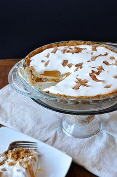 creamy 3-layer pumpkin pie - 315 calories per slice