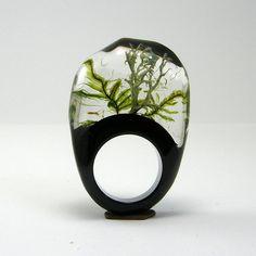 'Moss' ring