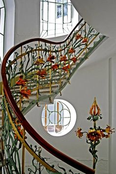 Small spiral staircase in the Art Nouveau Reök Palace, Szeged, Hungary I love the stairway! Architecture Design, Architecture Art Nouveau, Beautiful Architecture, Beautiful Buildings, Interior Art Nouveau, Art Nouveau Design, Grand Staircase, Staircase Design, Muebles Estilo Art Nouveau