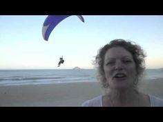 Logos fallen vom Himmel    Schau mal am Strand von São Conrado – Rio, wurde ich von den Paragluidern für diesen Film inspiriert.  So ähnlich ist das für mich beim HERZDESIGN:   Ich sehe dein persönliches Logo in deinem Himmel und gestalte es dann.  Ein Weg vom Himmel zur Erde mit alle deinem Potential für dich, mit deiner Kraft. Mit dem, was dich sichtbar werden lässt, im neuen Zeitalter! Sprich mich an. www.jyotimaflak.com