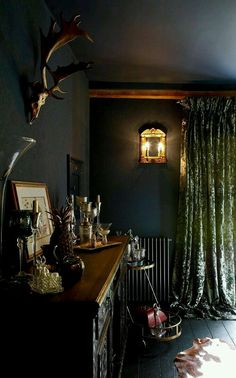 Gothic Home Decor. When many people hear of Gothic home decor they picture someone that only dresses in black and wears black lipstick. Dark Bohemian, Bohemian Living, Room Interior, Interior Design, Interior Office, Kitchen Interior, Design Design, House Design, Dark Walls