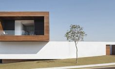 la-house-by-studio-guilherme-torres-00