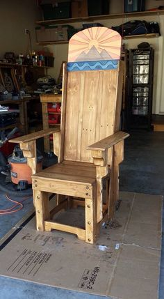 DIY Pallet Throne - nice pallets idea ... for King or Queen?!