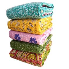 Wholesale Lot Of Indian Vintage Kantha Quilt Handmade Throw Reversible Blanket Bedspread Cotton Fabric BOHEMIAN quilt Bed Quilts, Kantha Quilt, Quilt Bedding, Indian Blankets, Cotton Blankets, Cotton Quilts, Cotton Fabric, Bohemian Quilt, Bohemian Bedspread