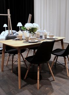 Scandinavian dining Home Fashion, Eames, Scandinavian, Dining Table, Chair, House Styles, Furniture, Home Decor, Drawing Rooms