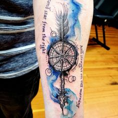 Secondstartothe right and straight on till morning Clock Tattoo Design, Tatoo Designs, Tattoo Sleeve Designs, Sleeve Tattoos, Compass Tattoos Arm, Arrow Tattoos, Viking Rune Tattoo, Cyborg Tattoo, Illuminati Tattoo