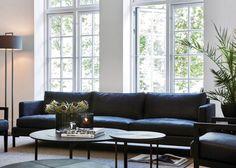 Slettvoll ble startet i 1951 og de har i dag en egen møbelfabrikk på Stranda i Møre og Romsdal. Tidløst og stilsikkert er noen av ordene som beskriver dette designet godt. Her ser vi hv…