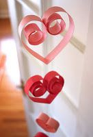 valentine decor (would be cute in multiple strands hanging in a window)