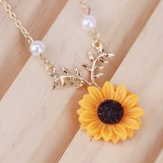 Sunflower Jewels, Pearl Necklace, Pearls, Jewelry, String Of Pearls, Jewlery, Jewerly, Beads, Schmuck