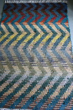 Vintage Woven Rag Rug 4 x 6 by ConceptFurnishings on Etsy