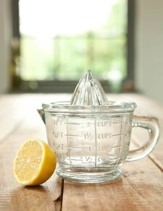 Whether you want to squeeze fresh oranges for your morning drink, or capture the juice of a lemon or lime for your favourite recipe, this classic juicer will do just the job. Its rigid glass dome squeezes out citrus juice with satisfying ease, and the lipped measuring jug below is just right for pouring into a glass or bowl.