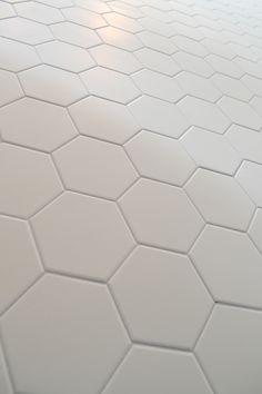 HEXA_White By Céragrès #tiles #shapes #hexagon Carrelage Hexagonal Blanc,  Deco Sol,