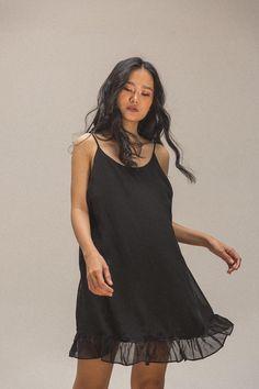 Lil Black Dress, Girls Wear, Cold Shoulder Dress, How To Wear, Dresses, Fashion, Women's Clothes, Vestidos, Moda