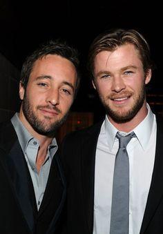 Alex O'Loughlin and Chris Hemsworth Photo - Australians In Film's 2010 Breakthrough Awards - Inside