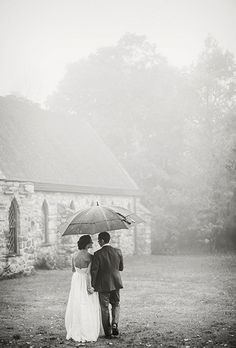 Brides.com: 25 Wedding Photos that Prove Rain on Your Big Day Isn't a Big Deal Photo by Rylee Hitchner Photography