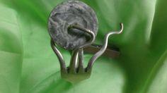 Vorkarmband van zilver met mooie knoop.fork sillver. fourchette argent