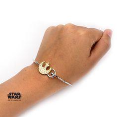 Rebel Alliance, Star Wars Jewelry, Bangle Bracelets, Bangles, Star Wars Rebels, Disney Star Wars, Jewelry Packaging, Bracelets, Bracelets