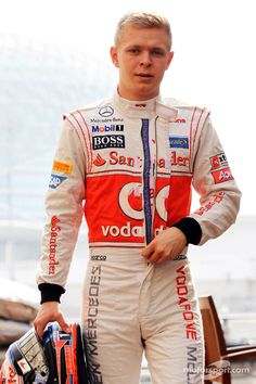 Kevin Magnussen will replace Sergio Peréz at McLaren-Mercedes for the 2014 Formula One season.