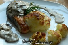 Somon cu sos gorgonzola Cauliflower, Vegetables, Food, Cauliflowers, Essen, Vegetable Recipes, Meals, Cucumber, Yemek